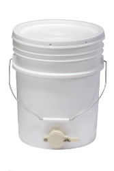 Little Giant® 5 Gallon Plastic Bucket - Coastal Ag Supply